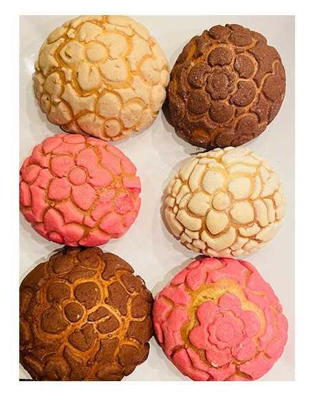 "6 Conchas ""Primavera""2 Vanilla Rosa, 2 Chocolate y 2 Mazapan (Versand 11 Mayo)"